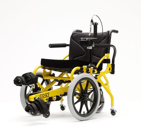 足こぎ車いす「COGY」を開発・製造する株式会社TESSに出資します