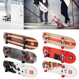 「コンプリートスケートボード」はスターターモデルとプラクティスモデルの合計6モデルを発売。