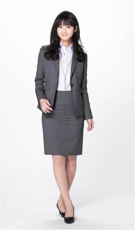 """働く女性向け""""高機能スーツ""""の品揃えを強化。クールビズ10年目は、""""女性版クールビズ元年"""""""